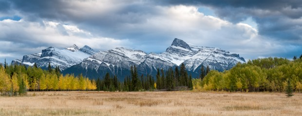 Mt. Peskett and Siffleur Mountain in fall