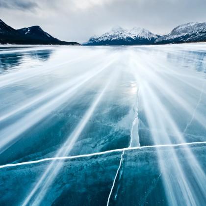 Abraham-Lake-Blowing-Snow