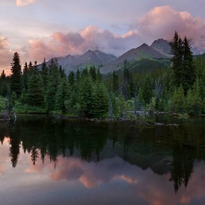 Kananaskis-Beaver-Pond-Sunset-2