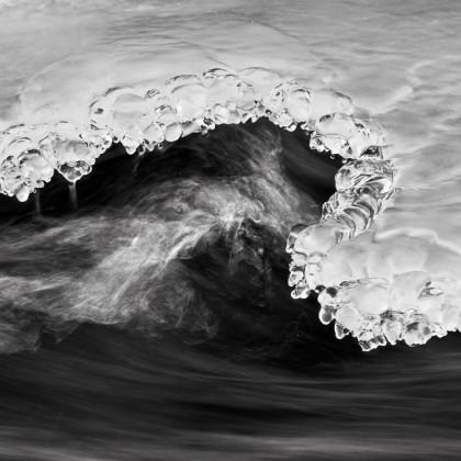 Mistaya-River-Ice-1