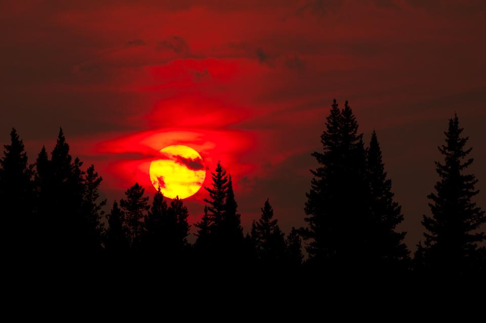Smoky-Sky-Sunset