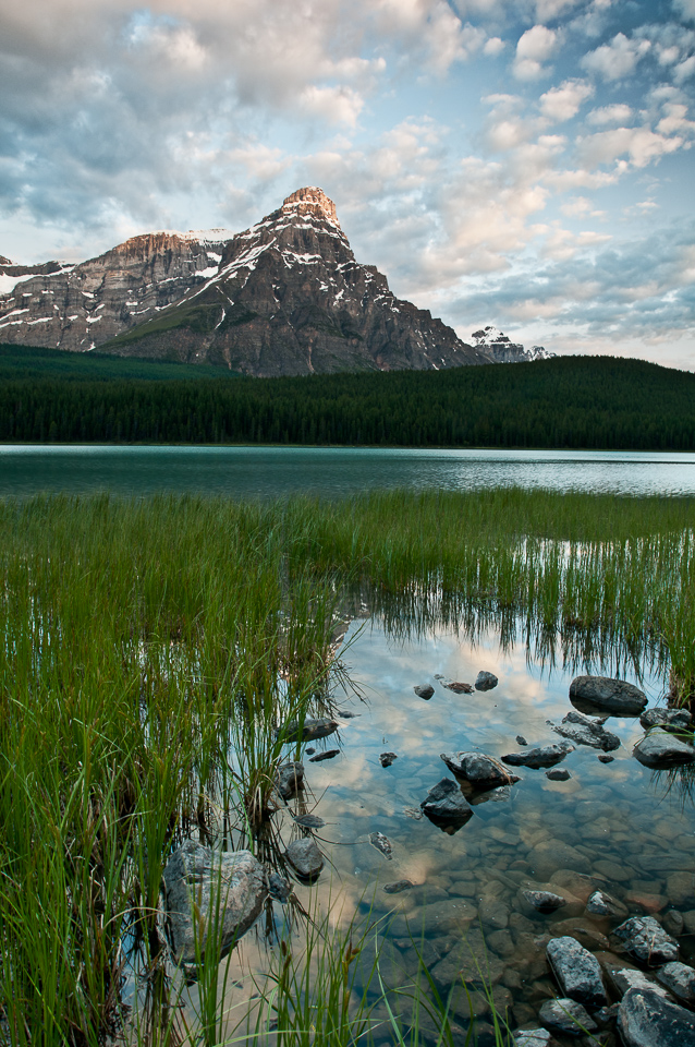 Upper-Waterfowl-Lake-Mt-Chephren
