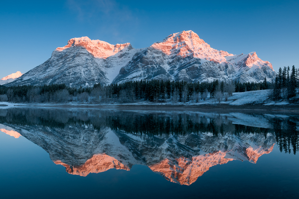 Wedge Pond and Mt. Kidd at sunrise, Evan-Thomas Provincial Park, Kananaskis Counry, Alberta, Canada